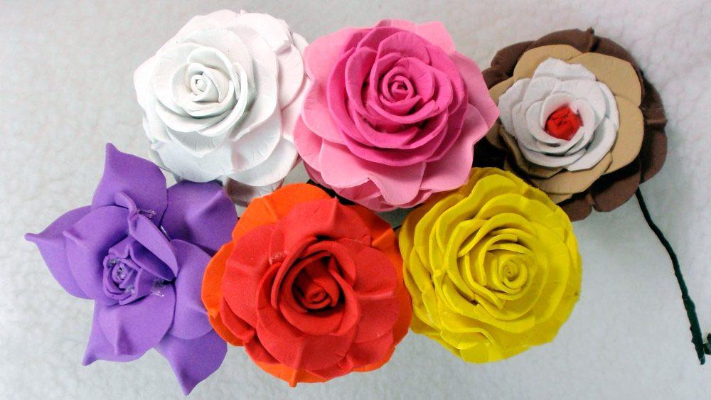 fa71e9ece9f Rosas de Goma Eva